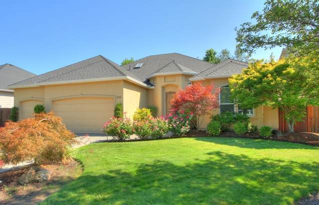 162 Bellerive Drive, Eagle Point, OR 97524 (MLS #220106653) :: FORD REAL ESTATE