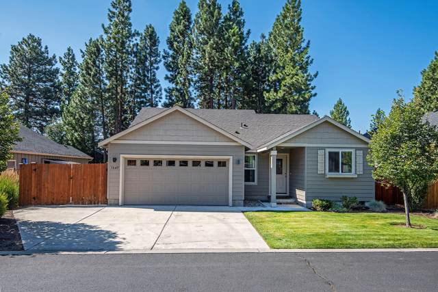 1645 W Lambert Avenue, Sisters, OR 97759 (MLS #220106669) :: The Ladd Group