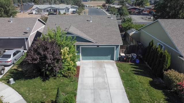 3169 SW Antler Lane, Redmond, OR 97756 (MLS #220106670) :: Stellar Realty Northwest