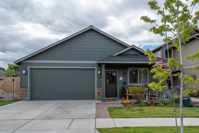 3010 NW Boxelder Avenue, Redmond, OR 97756 (MLS #220106671) :: Stellar Realty Northwest
