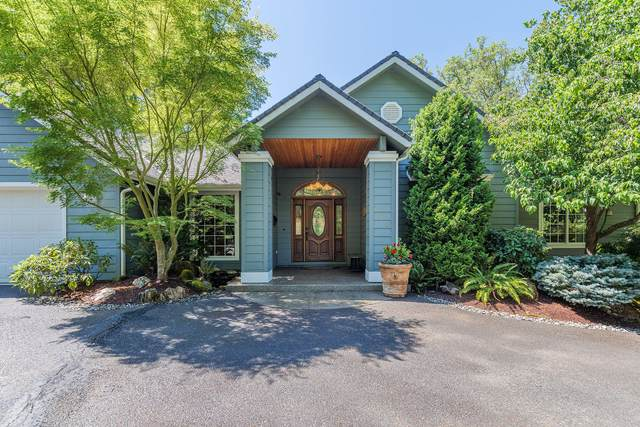 200 Curtis Drive, Grants Pass, OR 97527 (MLS #220106749) :: Berkshire Hathaway HomeServices Northwest Real Estate