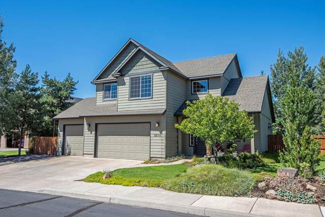 2213 NW Maple Court, Redmond, OR 97756 (MLS #220106763) :: Stellar Realty Northwest