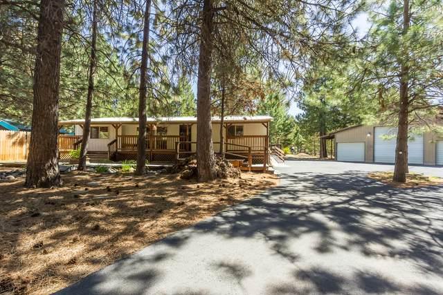 53246 Woodstock Drive, La Pine, OR 97739 (MLS #220106765) :: The Ladd Group