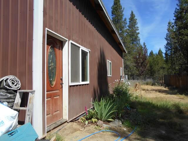 16080 Leona Lane, La Pine, OR 97739 (MLS #220106766) :: The Ladd Group