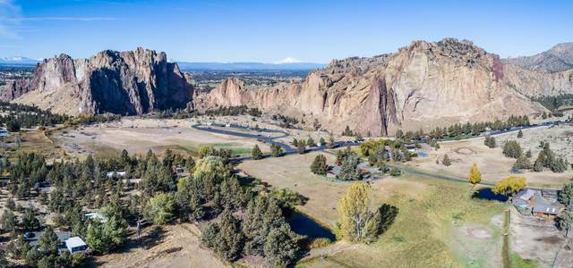 9510 NE Crooked River Drive, Terrebonne, OR 97760 (MLS #220106786) :: Fred Real Estate Group of Central Oregon