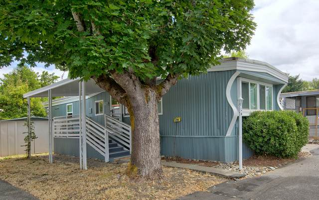 316 Sandlewood Drive, Grants Pass, OR 97526 (MLS #220106807) :: Bend Relo at Fred Real Estate Group