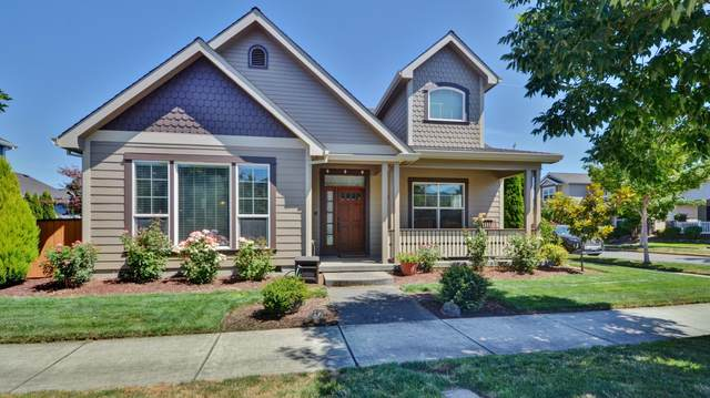 920 Buck Point Street, Central Point, OR 97502 (MLS #220106839) :: Coldwell Banker Bain