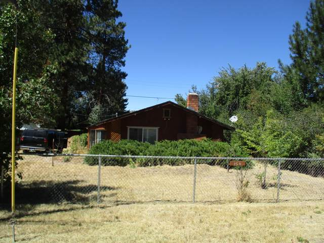158 Third Avenue, Chiloquin, OR 97624 (MLS #220106844) :: The Ladd Group