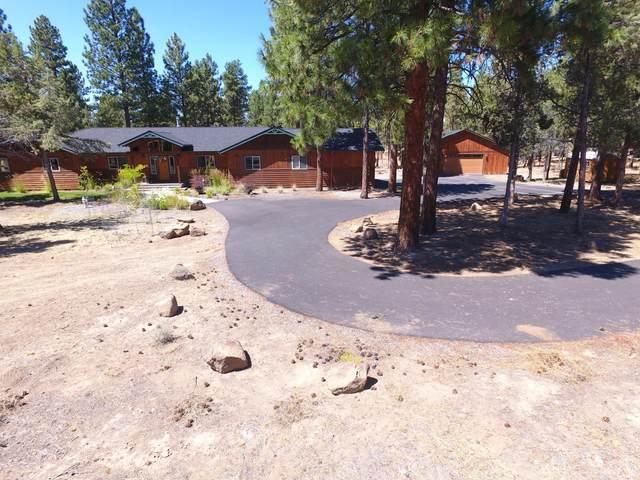 70211 Mustang Drive, Sisters, OR 97759 (MLS #220106865) :: Team Birtola | High Desert Realty