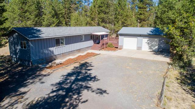 52285 Lechner Lane, La Pine, OR 97739 (MLS #220106878) :: Coldwell Banker Bain