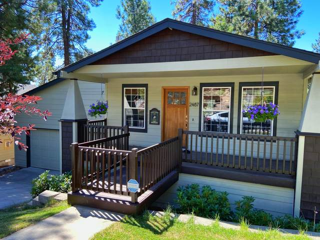 2487 NW Monterey Pines Drive, Bend, OR 97703 (MLS #220106890) :: Bend Homes Now