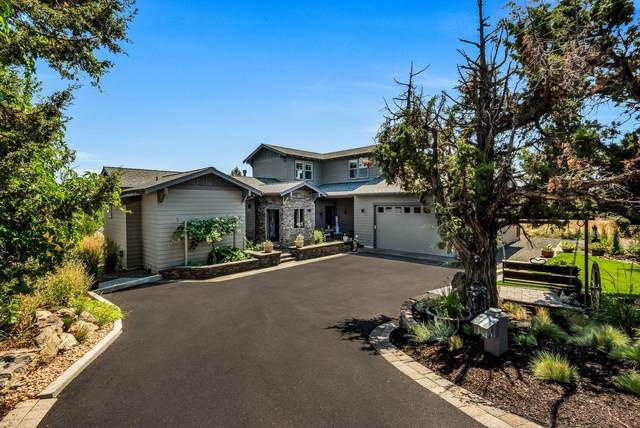 2262 Dunlin Court, Redmond, OR 97756 (MLS #220106979) :: Bend Relo at Fred Real Estate Group
