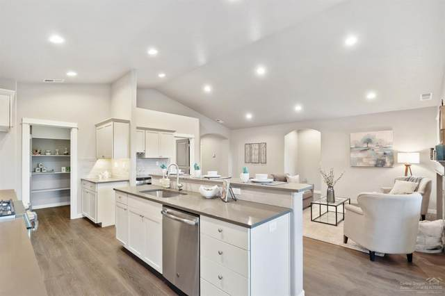 2496-Lot 96 NW Jackpine Lane, Redmond, OR 97756 (MLS #220106995) :: Bend Homes Now