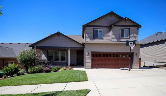 4457 Park Ridge Drive, Medford, OR 97504 (MLS #220107001) :: Windermere Central Oregon Real Estate