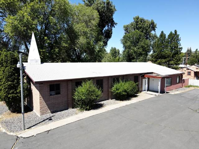 1964 Summers Lane, Klamath Falls, OR 97603 (MLS #220107009) :: The Ladd Group