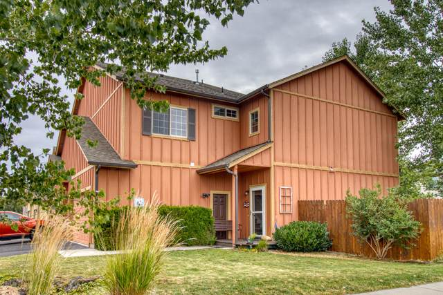 3094 SW Antler Lane, Redmond, OR 97756 (MLS #220107030) :: Bend Homes Now