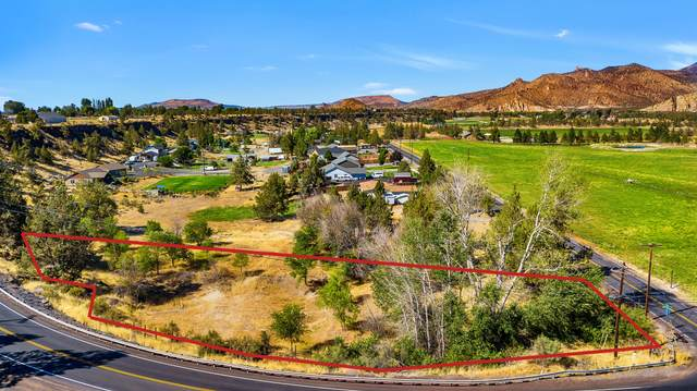 8025 NE 1st Street, Terrebonne, OR 97760 (MLS #220107049) :: Fred Real Estate Group of Central Oregon