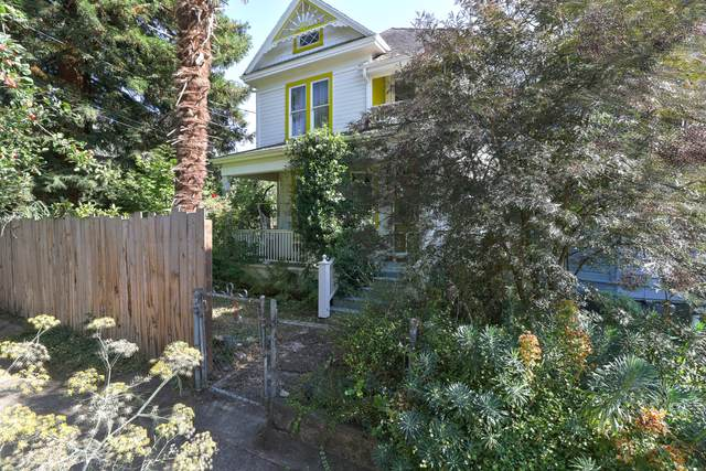 60 NE Sacramento Street, Portland, OR 97212 (MLS #220107095) :: Bend Relo at Fred Real Estate Group
