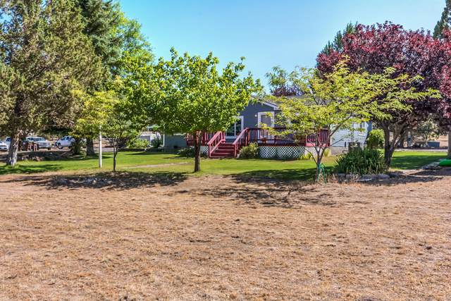 14488 SW Lupine Drive, Powell Butte, OR 97753 (MLS #220107116) :: Vianet Realty
