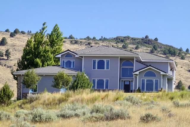 2081 Alisa Lane, Klamath Falls, OR 97601 (MLS #220107134) :: Bend Relo at Fred Real Estate Group