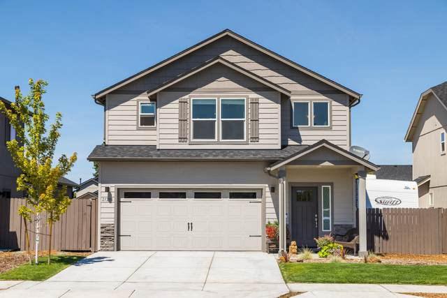 21296 SE Daylily Avenue, Bend, OR 97702 (MLS #220107144) :: Bend Relo at Fred Real Estate Group