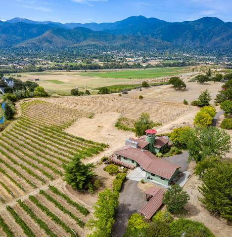 853 Pompadour Drive, Ashland, OR 97520 (MLS #220107151) :: Bend Relo at Fred Real Estate Group