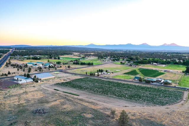 4545 SW Quarry Avenue, Redmond, OR 97756 (MLS #220107194) :: Bend Relo at Fred Real Estate Group