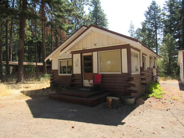 26705 Hotchkiss Drive, Klamath Falls, OR 97601 (MLS #220107197) :: Bend Relo at Fred Real Estate Group