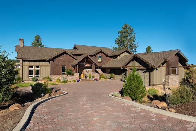 61597 Hosmer Lake Drive, Bend, OR 97702 (MLS #220107253) :: Coldwell Banker Bain