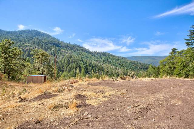 5572 Jump Off Joe Creek Road, Grants Pass, OR 97526 (MLS #220107466) :: Bend Relo at Fred Real Estate Group