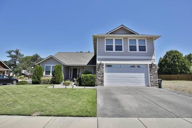 1345-SW SW Argo Lane, Grants Pass, OR 97527 (MLS #220107629) :: Central Oregon Home Pros