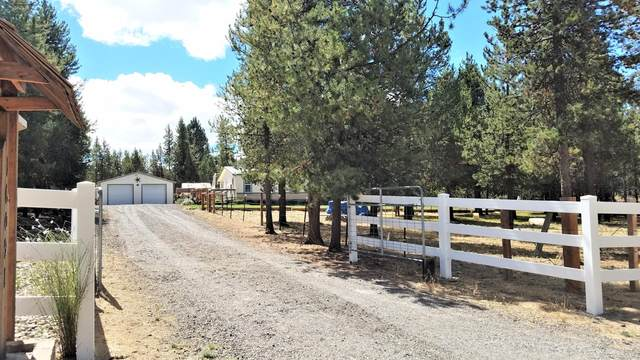 16091 Sparks Drive, La Pine, OR 97739 (MLS #220107665) :: Rutledge Property Group