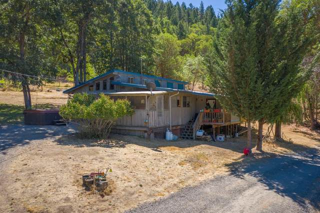 1600 China Gulch Road, Jacksonville, OR 97530 (MLS #220107988) :: The Payson Group