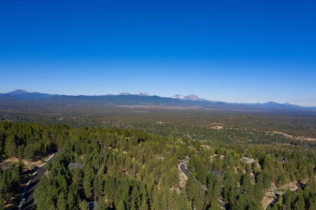 1613 NW Overlook Drive, Bend, OR 97703 (MLS #220108032) :: The Payson Group