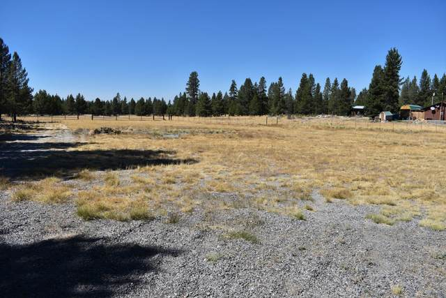 4800 Lanewood Drive, La Pine, OR 97739 (MLS #220108151) :: The Ladd Group