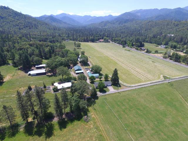 625 Foots Creek Road, Gold Hill, OR 97525 (MLS #220108285) :: Berkshire Hathaway HomeServices Northwest Real Estate
