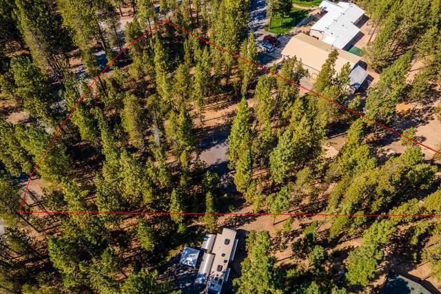 51932 Black Pine Way, La Pine, OR 97739 (MLS #220108331) :: Bend Homes Now