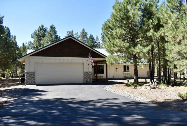 14210 Stillwater Lane, La Pine, OR 97739 (MLS #220108361) :: Central Oregon Home Pros