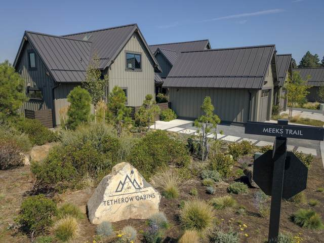 19352 Blue Bucket Lane, Bend, OR 97702 (MLS #220108424) :: Berkshire Hathaway HomeServices Northwest Real Estate