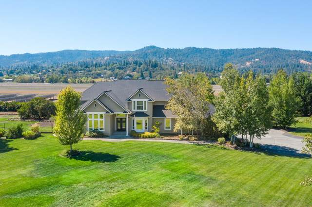 2845 Hanley Road, Central Point, OR 97502 (MLS #220108567) :: The Payson Group