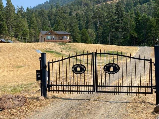 19025 Highway 140, Eagle Point, OR 97524 (MLS #220108722) :: Rutledge Property Group