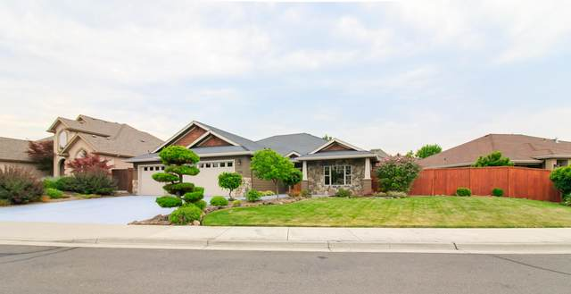 958 Pumpkin Ridge Drive, Eagle Point, OR 97524 (MLS #220108734) :: Bend Homes Now