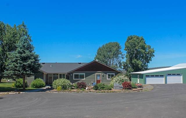 6306 SW Valley View Road, Powell Butte, OR 97753 (MLS #220108778) :: Team Birtola   High Desert Realty