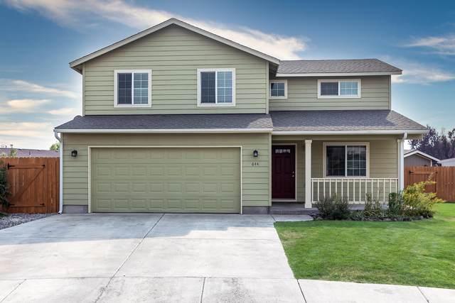 644 NE Cobblestone Lane, Prineville, OR 97754 (MLS #220108796) :: Bend Relo at Fred Real Estate Group