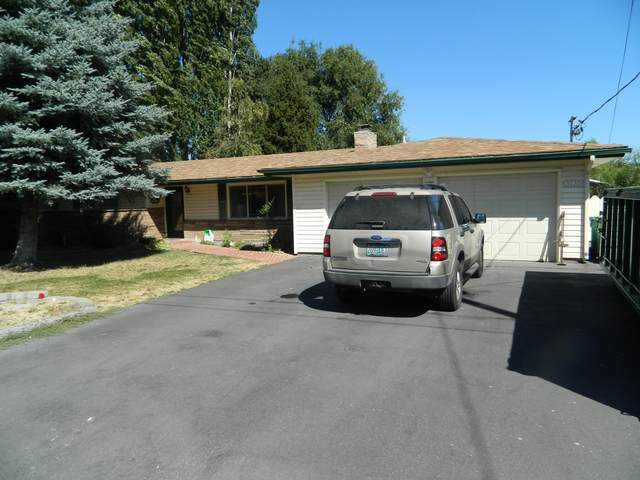 3735 Hope Street, Klamath Falls, OR 97603 (MLS #220108873) :: The Payson Group