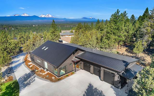 2624 NW Sample Court, Bend, OR 97703 (MLS #220108886) :: The Ladd Group