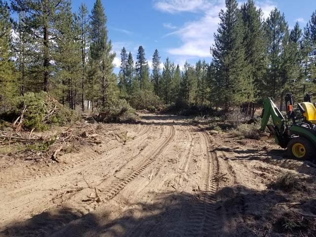 11980 Burlwood Drive, La Pine, OR 97739 (MLS #220108890) :: Team Birtola | High Desert Realty