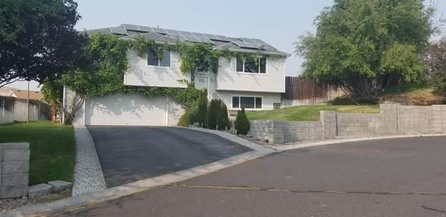 217 Angela Court, Klamath Falls, OR 97601 (MLS #220108974) :: Windermere Central Oregon Real Estate