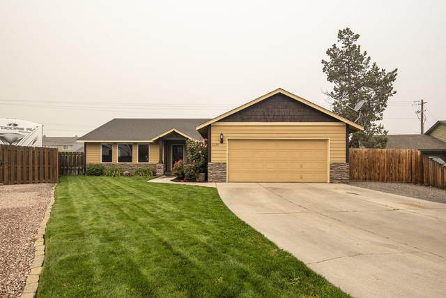 2238 SW Newberry Court, Redmond, OR 97756 (MLS #220109165) :: Fred Real Estate Group of Central Oregon