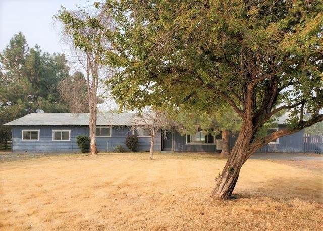 4053 NW Xavier Avenue, Redmond, OR 97756 (MLS #220109226) :: The Ladd Group